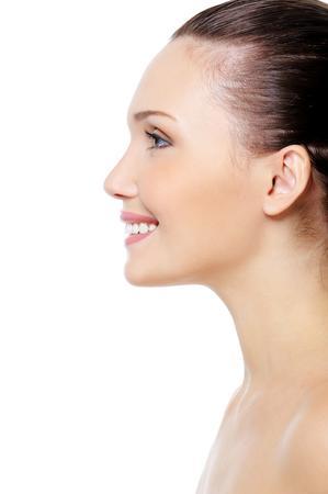 Самые эффективные процедуры против «индюшачьей шеи»