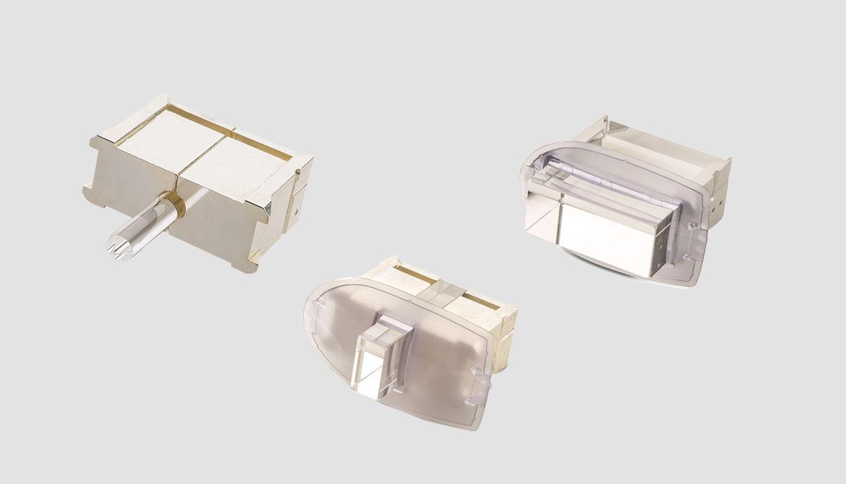 Купить оборудование, оснащенное охлаждаемыми световодами SapphireCool - M22 в Premium Aesthetics