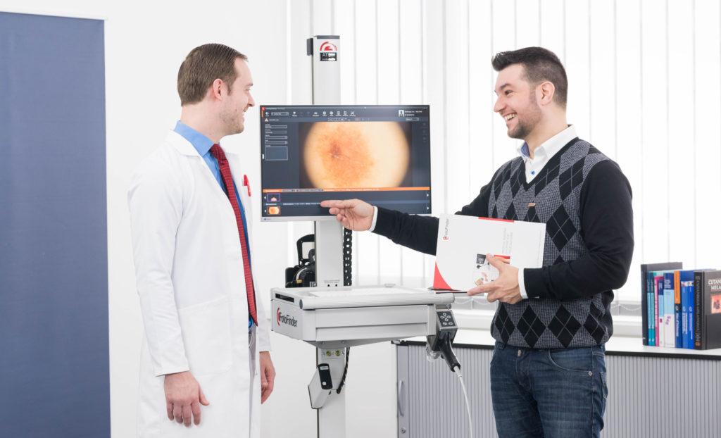 Теперь медиков будут премировать за выявление онкозаболеваний