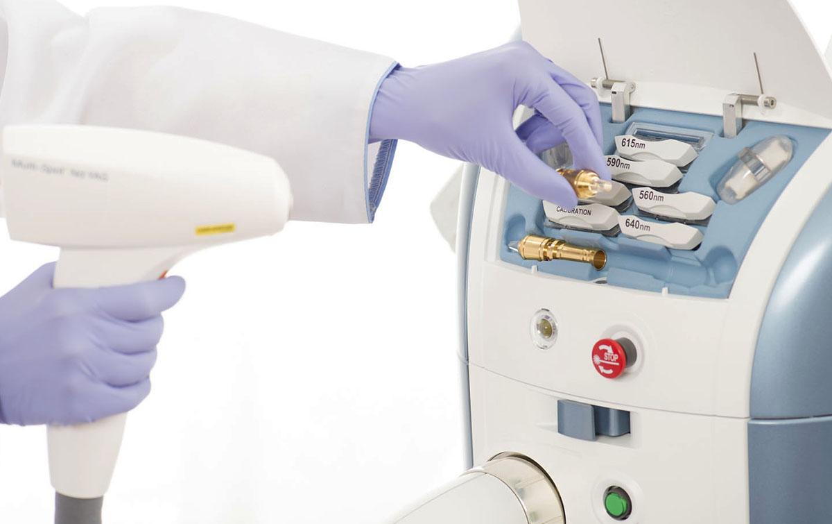 Лазерная и фототерапия для лечения пигментных дисхромий на M22 (расшифровка видео)